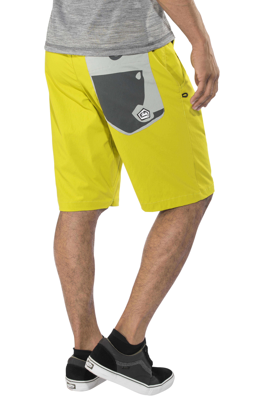 bb5559eae45b E9 Hip - Shorts Homme - jaune sur CAMPZ !